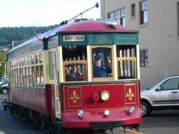 blog-trolley-in-astoria.jpg